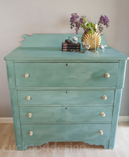 CeCe Clawell's Destin Golf Green dresser chalk paint by cuckoo4design