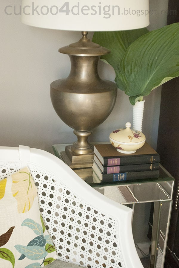 how to style a very small nightstand by cuckoo4design