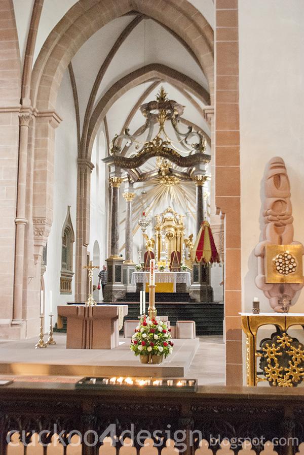 inside Aschaffenburger Stiftskirche