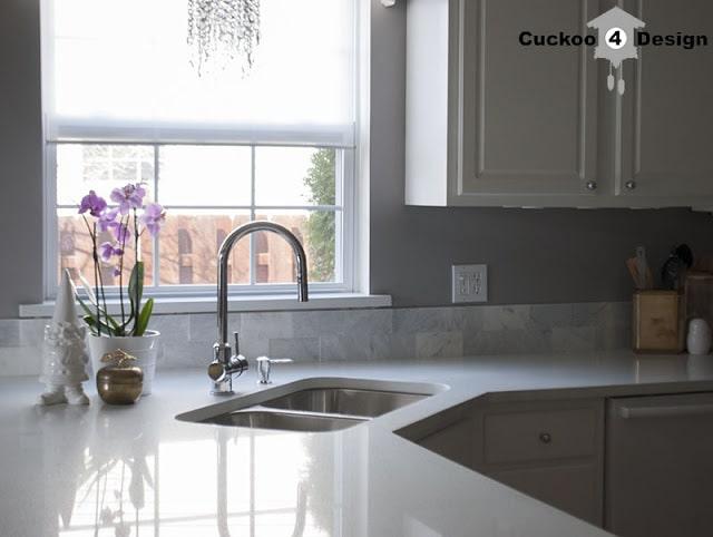 white-marble-and-quartz-kitchen Kitchen Backsplash Options