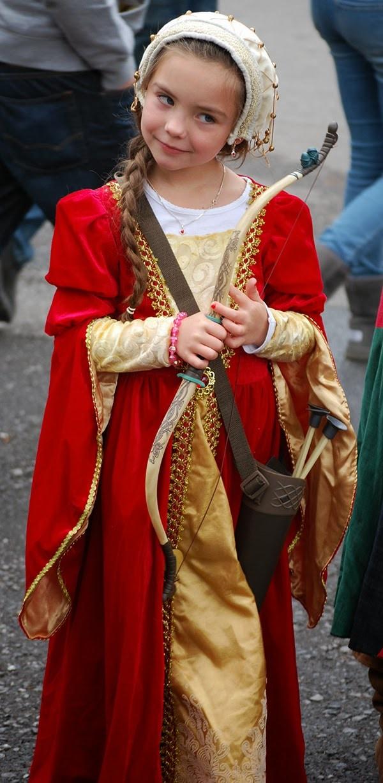Renaissance girl costume