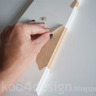 How to peel and paint laminate kitchen cabinets.