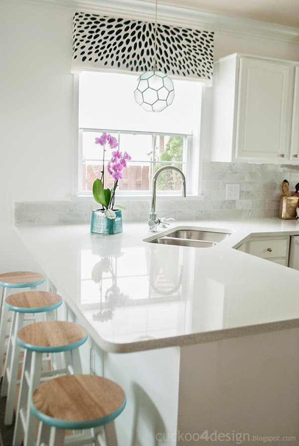 honeycomb kitchen pendant and marble tile