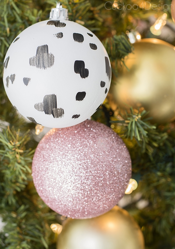 DIY brush stroke dotted ornaments