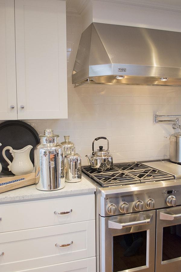 kitchen in the 2015 HGTV dream home on Martha's Vineyard - Cuckoo4Design