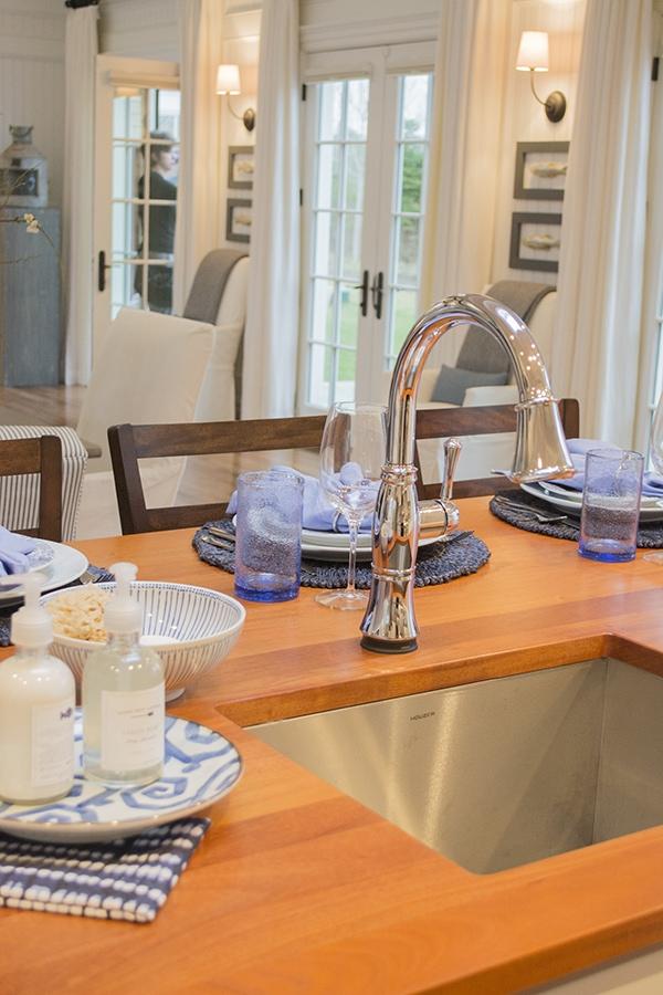 Delta Faucet kitchen fixture in the 2015 HGTV dream home on Martha's Vineyard - Cuckoo4Design