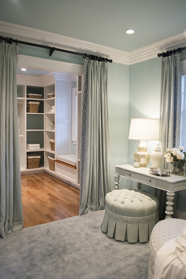 dressing room of the 2015 HGTV dream home on Martha's Vineyard - Cuckoo4Design