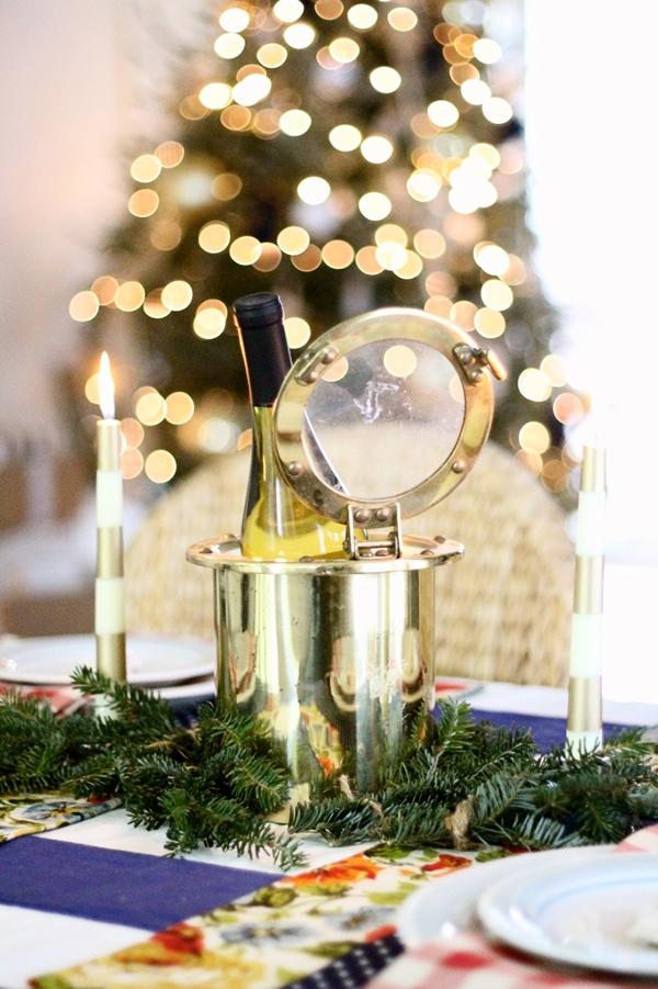 gorgeous Christmas table setting