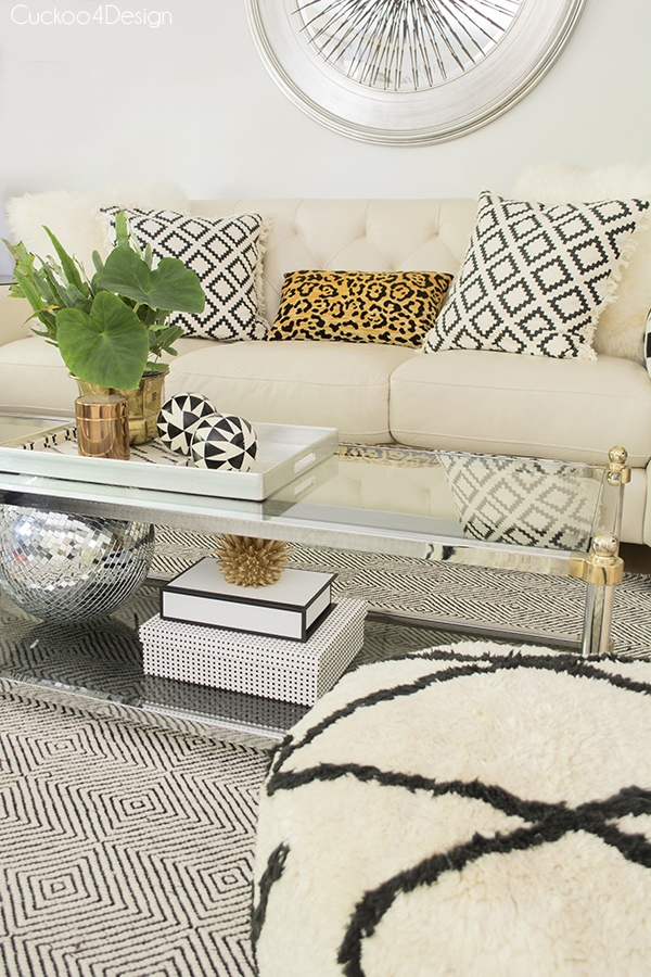 summer living room with neutral layers