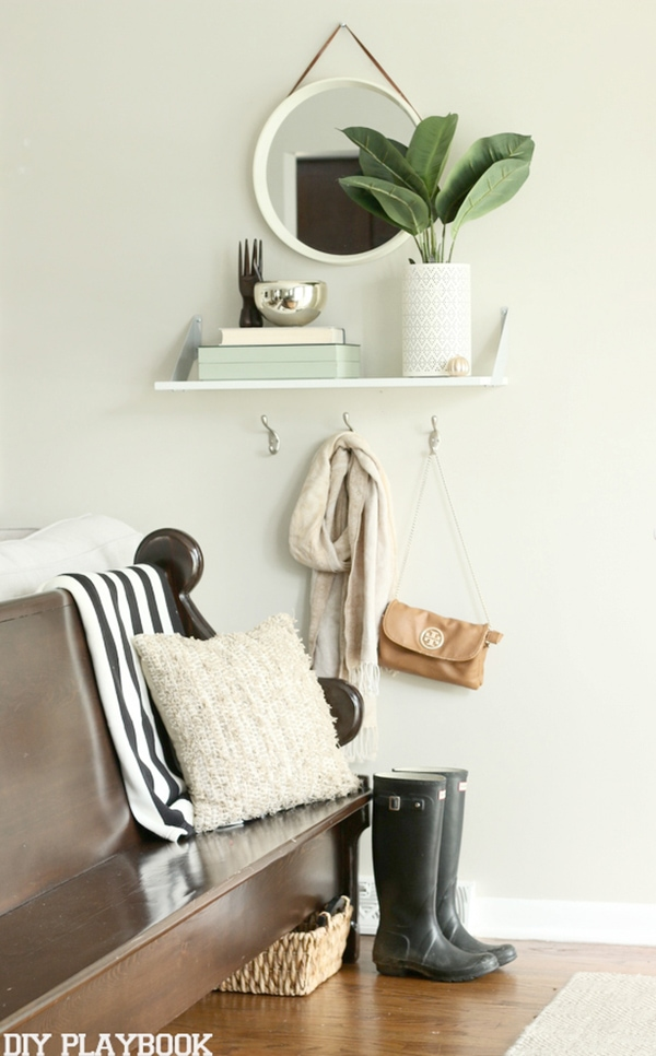 fall entry way vignette