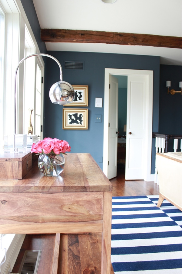 Totally adore Darlene's old home with a modern approach. Amazing style!