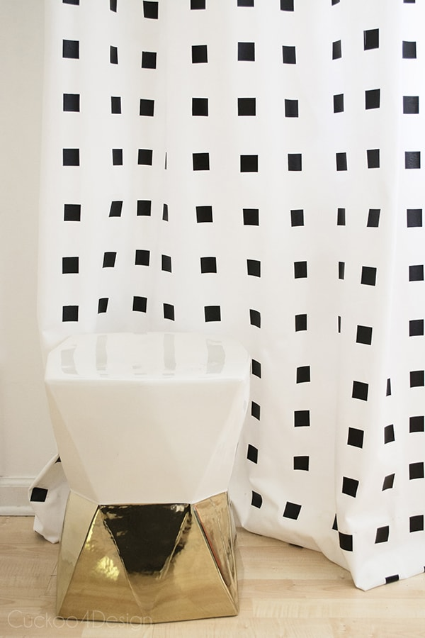How_to_make_nosew_nopaint_DIY_Graphic_blackandwhite_curtains_Cuckoo4Design_24