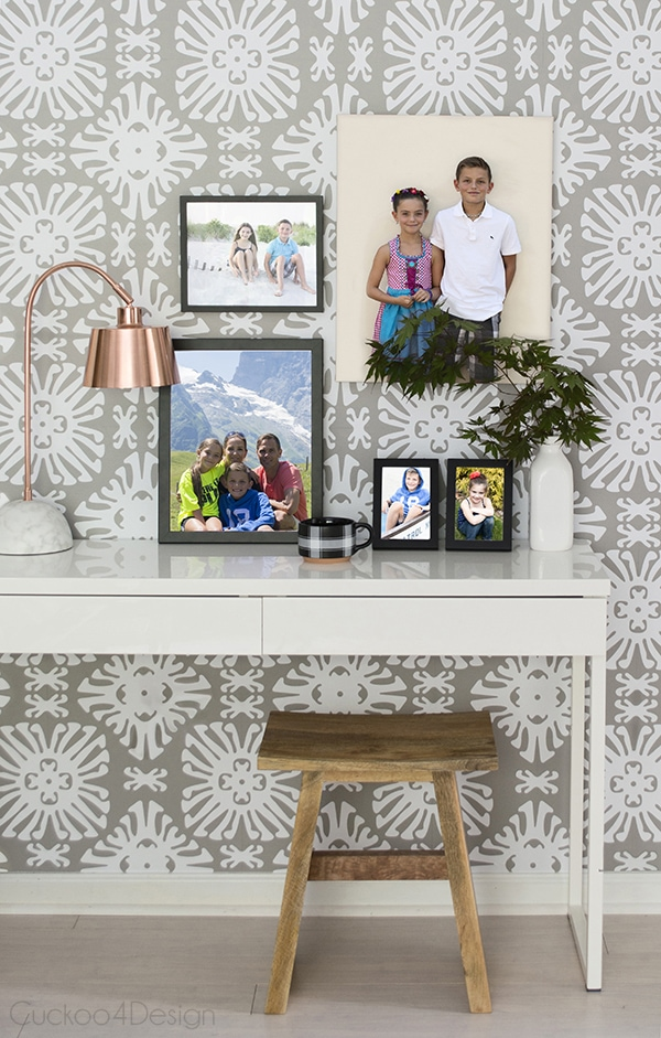 decorating_with_family_photos_Cuckoo4Design_11