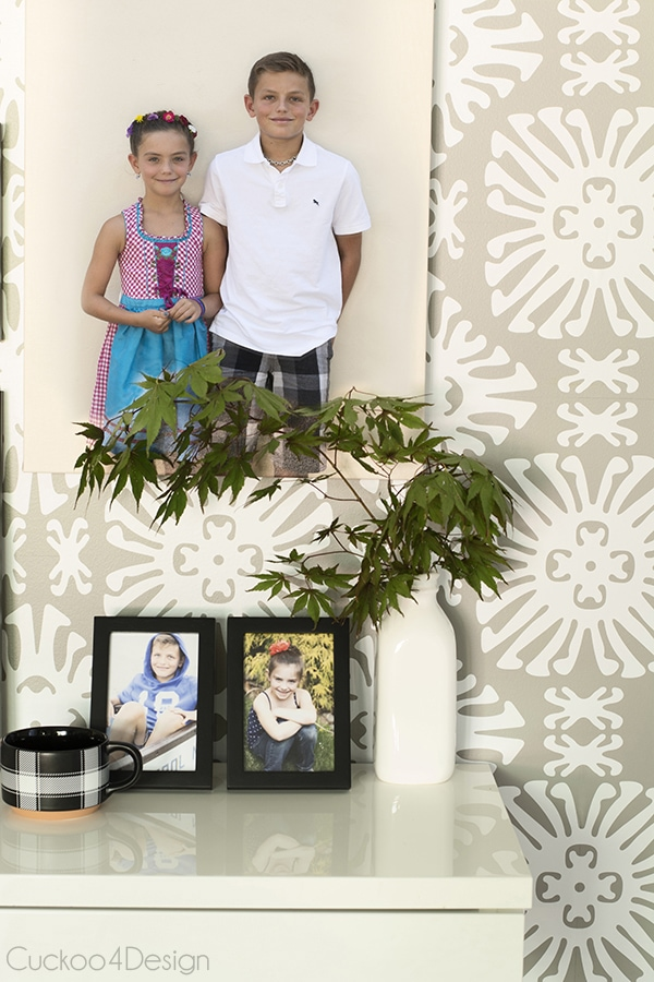 decorating_with_family_photos_Cuckoo4Design_5