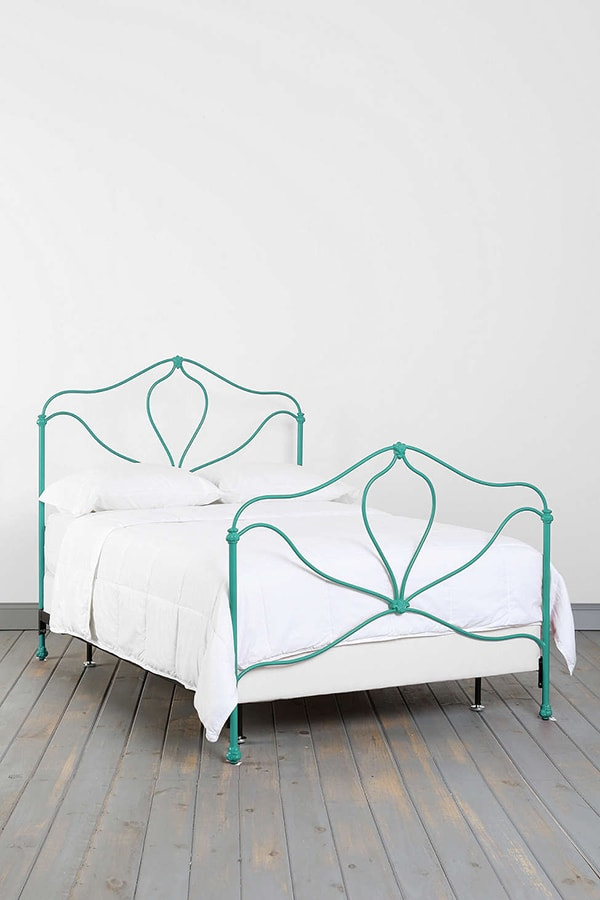 turquoise bed