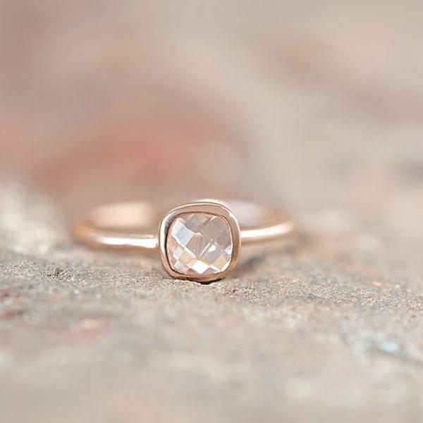 copper/rose gold ring