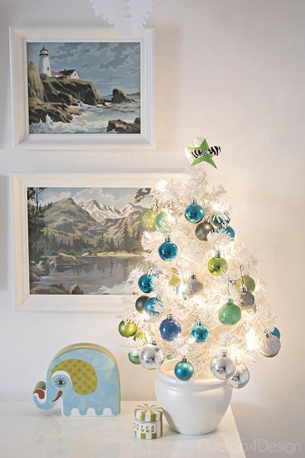 Kids_Christmas_room_10