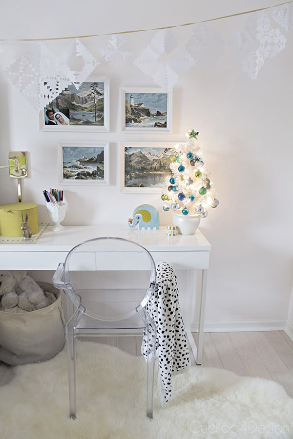 turquoise, white, blue and gold and silver little girls Christmas bedroom