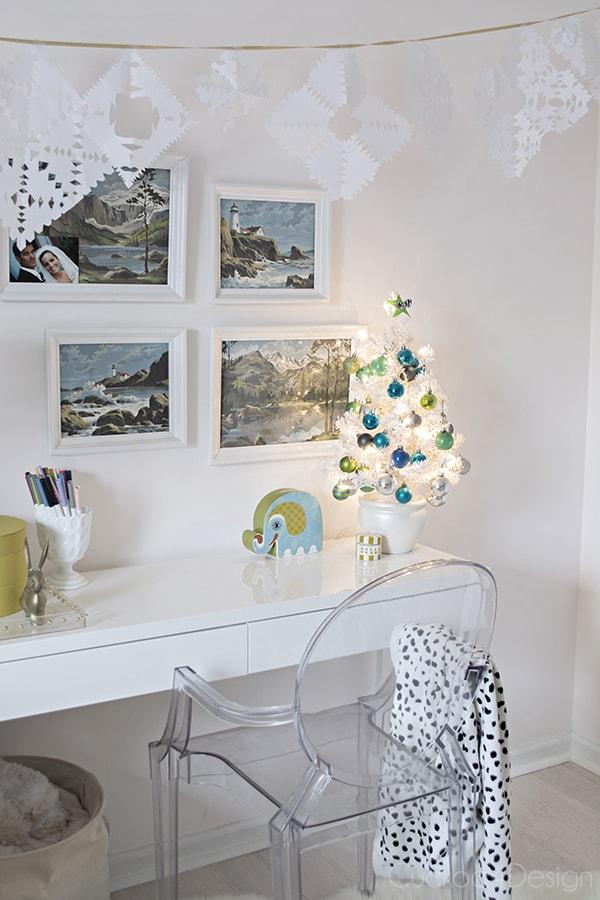 Kids_Christmas_room_8