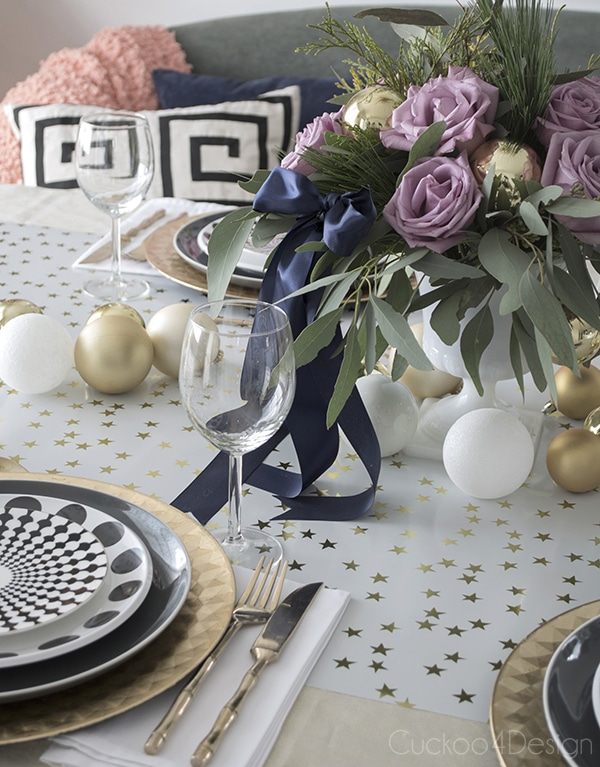 Urchin_chandelier_and_Christmas_table_scape_Cuckoo4Design_6