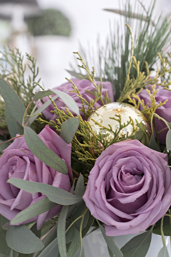 Urchin_chandelier_and_Christmas_table_scape_Cuckoo4Design_78