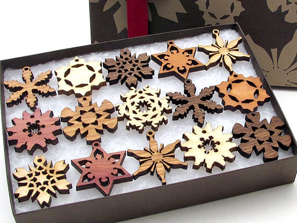 snowflakes_ornaments
