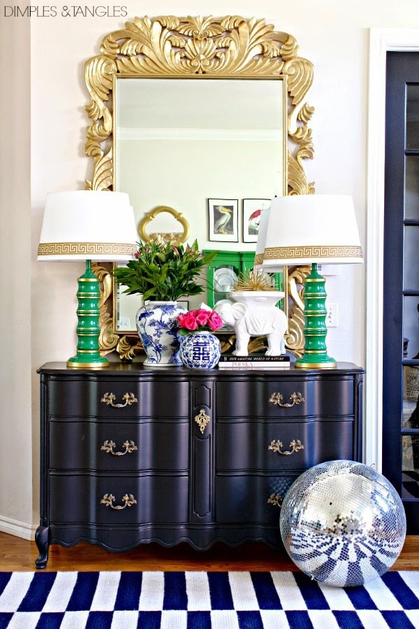 Black and white entry with gold and kelly green accents
