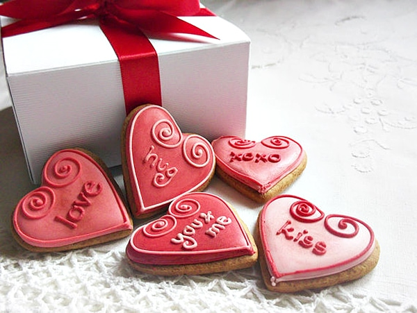 custom order valentines day cookies