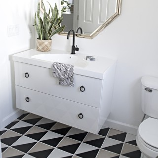 Ikea Godmorgon sink and graphic black and white tiles - Cuckoo4Design