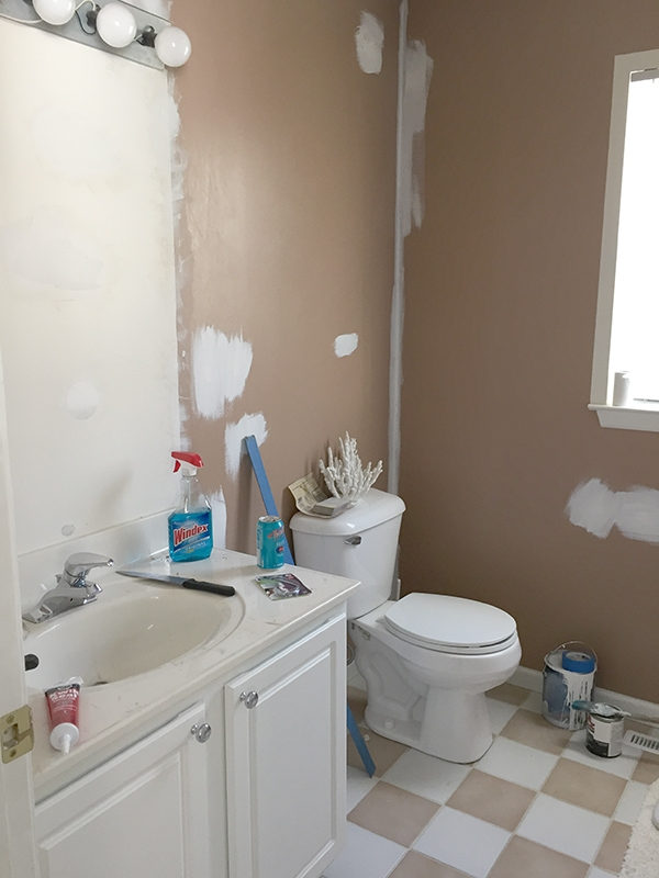 bathroom_before_photo