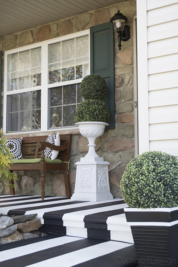 Painting Crisp Black And White Stripes On Textured Front