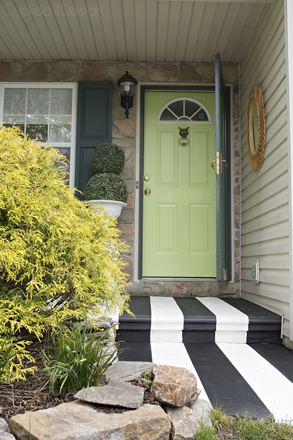 Picking the right color and painting exterior doors