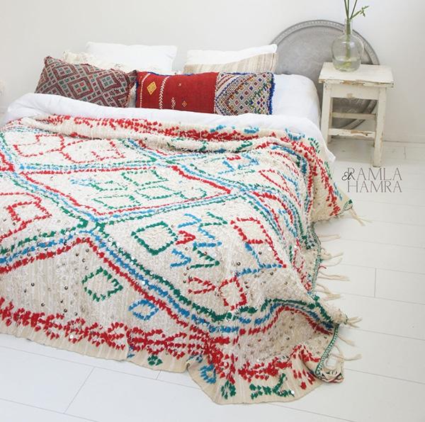 colored-wedding_blanket