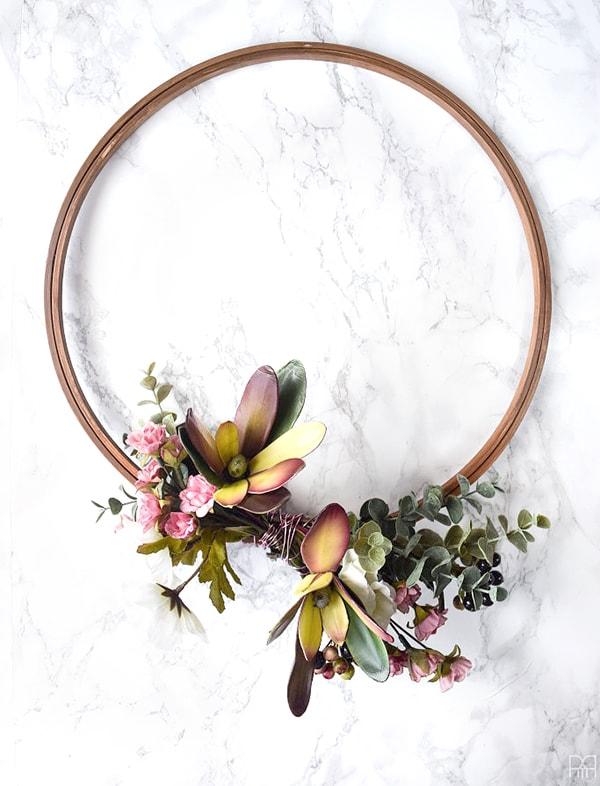 modern_fall_floral_wreath