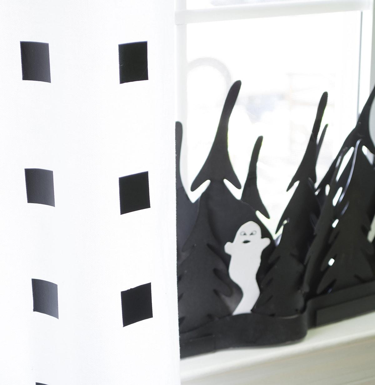haunted wood craft