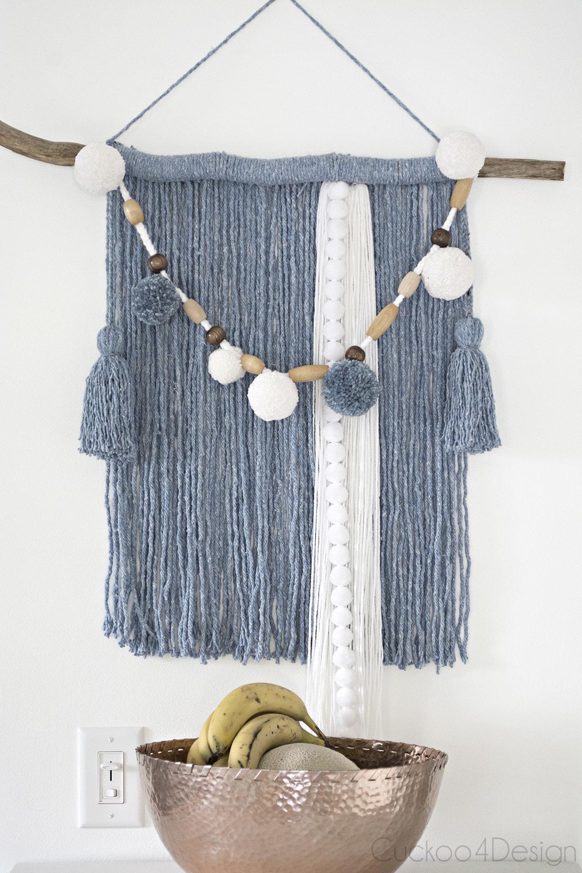 mop head yarn wall hanging DIY