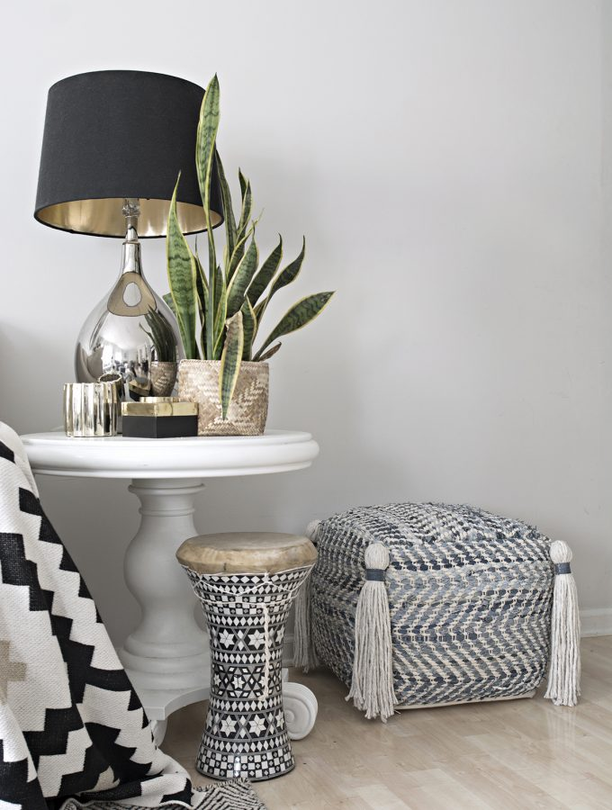 Jeans Pouf With Tassels