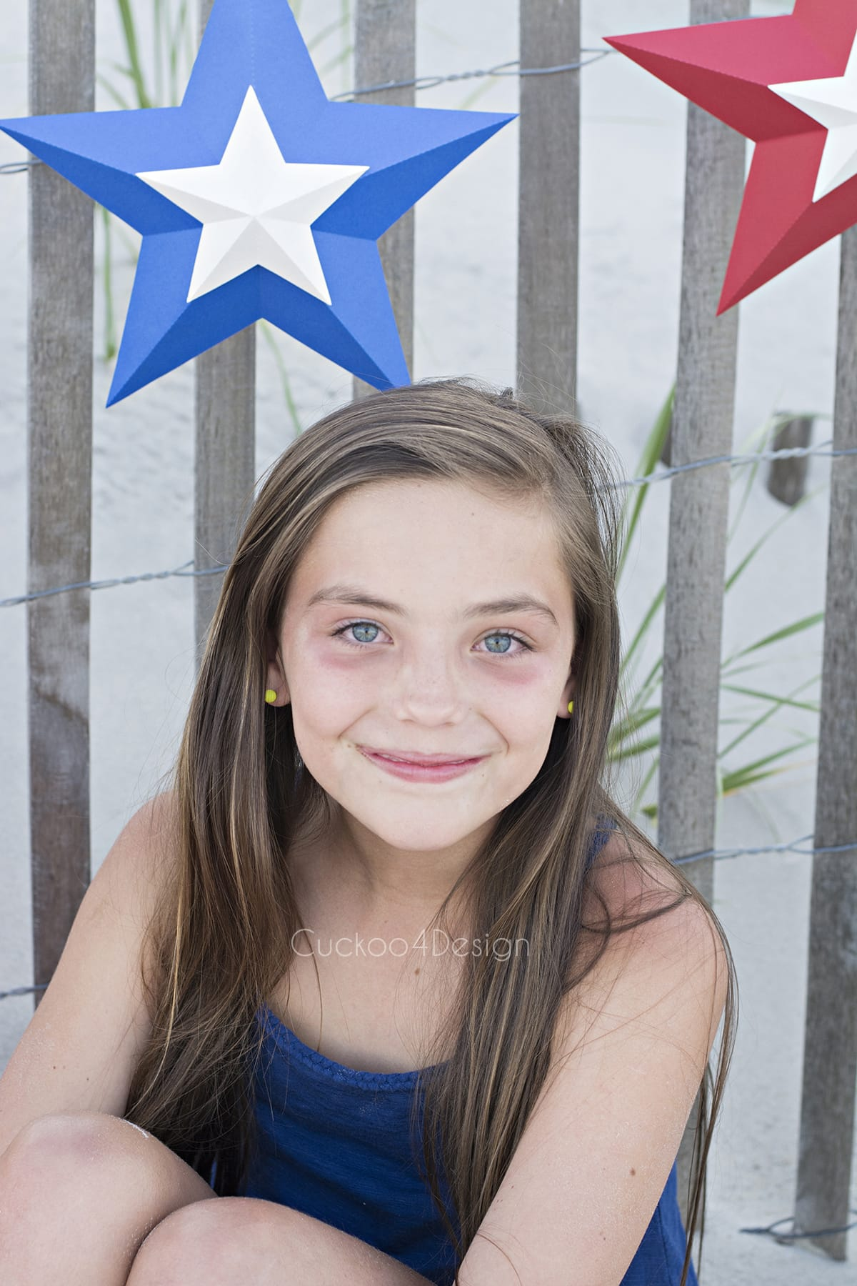 4th of July photo idea with star bunting