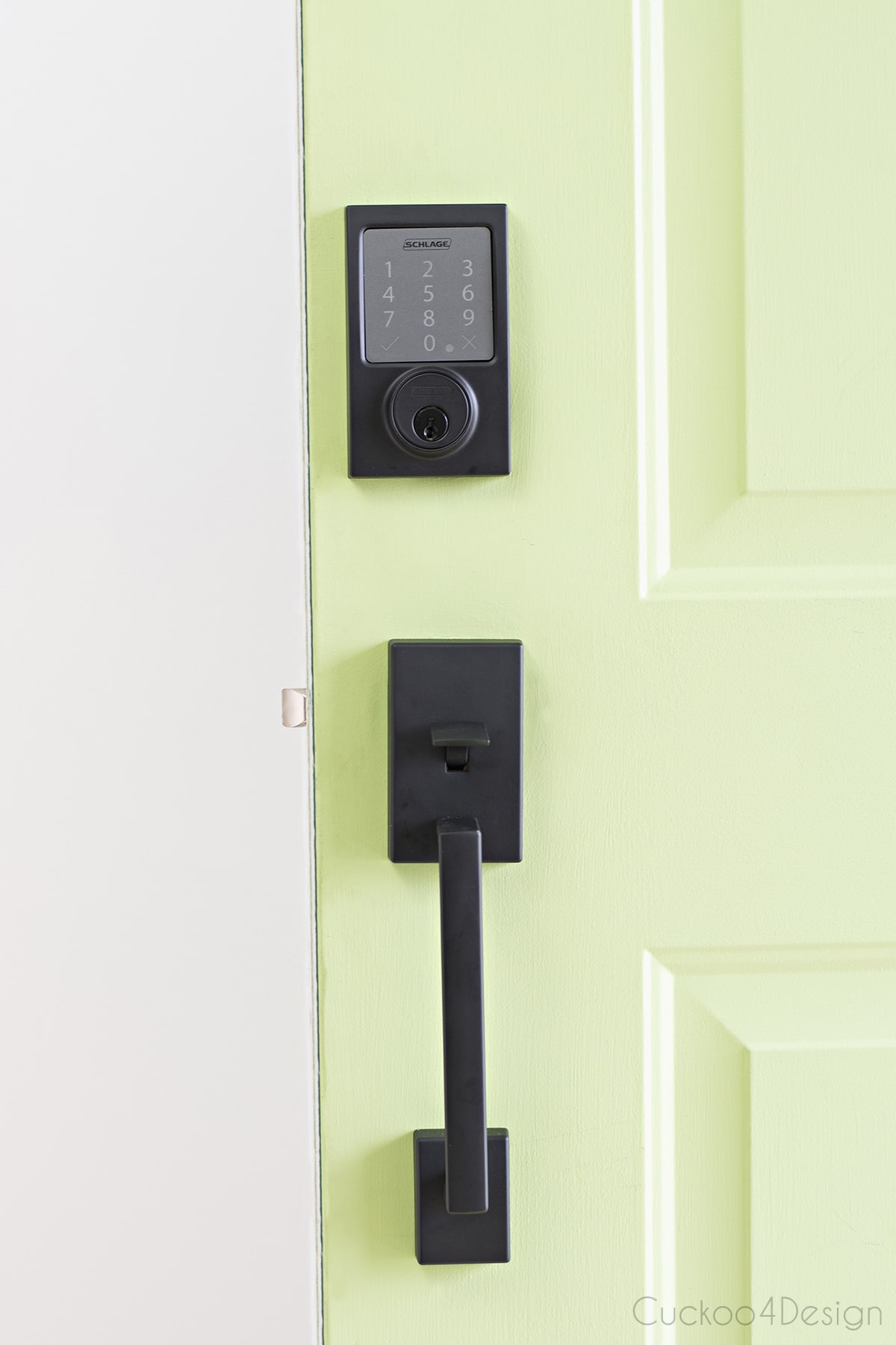 3 reasons why we love our Schlage Sense Smart Deadbolt | schlage keyless lock | schlage keyless deadbolt | door bolt lock | push button door lock | best door locks | electric door opener | most secure door locks | wifi controlled door lock | homekit deadbolt | wireless deadbolt lock | smart lock | keypad door lock | electronic door locks | keyless entry