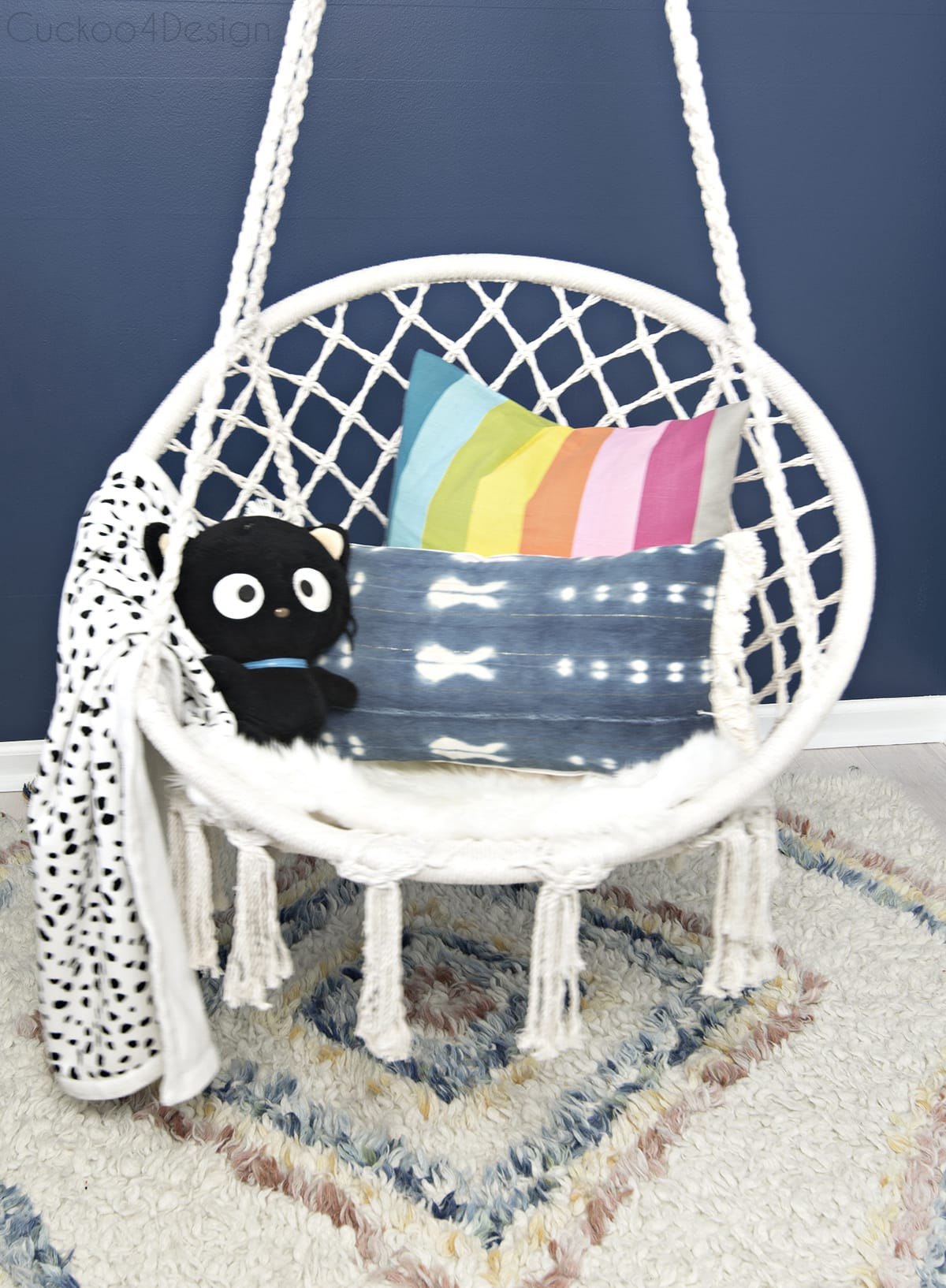 cheap hanging macrame chair in girls bedroom