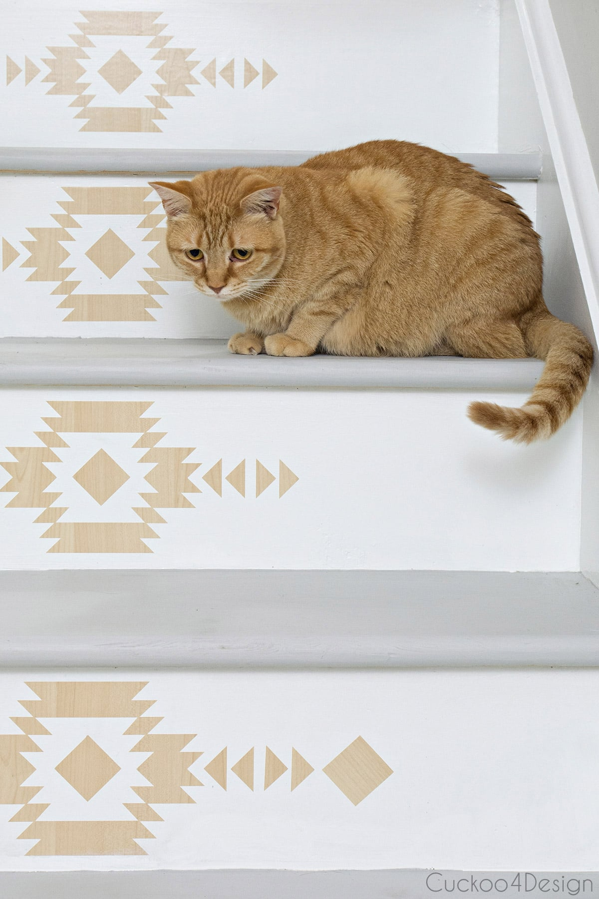 staircase makeover with self-adhesive wood look vinyl