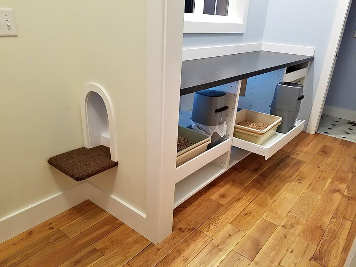 amazing litter box enclosure cuckoo4design. Black Bedroom Furniture Sets. Home Design Ideas