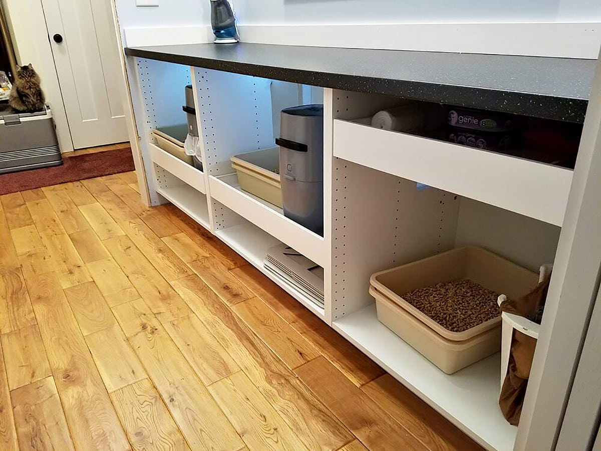 How to build a litter box enclosure