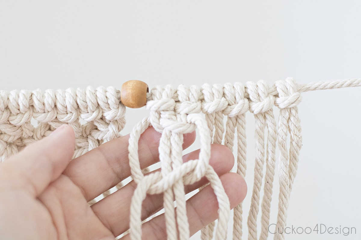 starting with square knots for beginner macrame garland