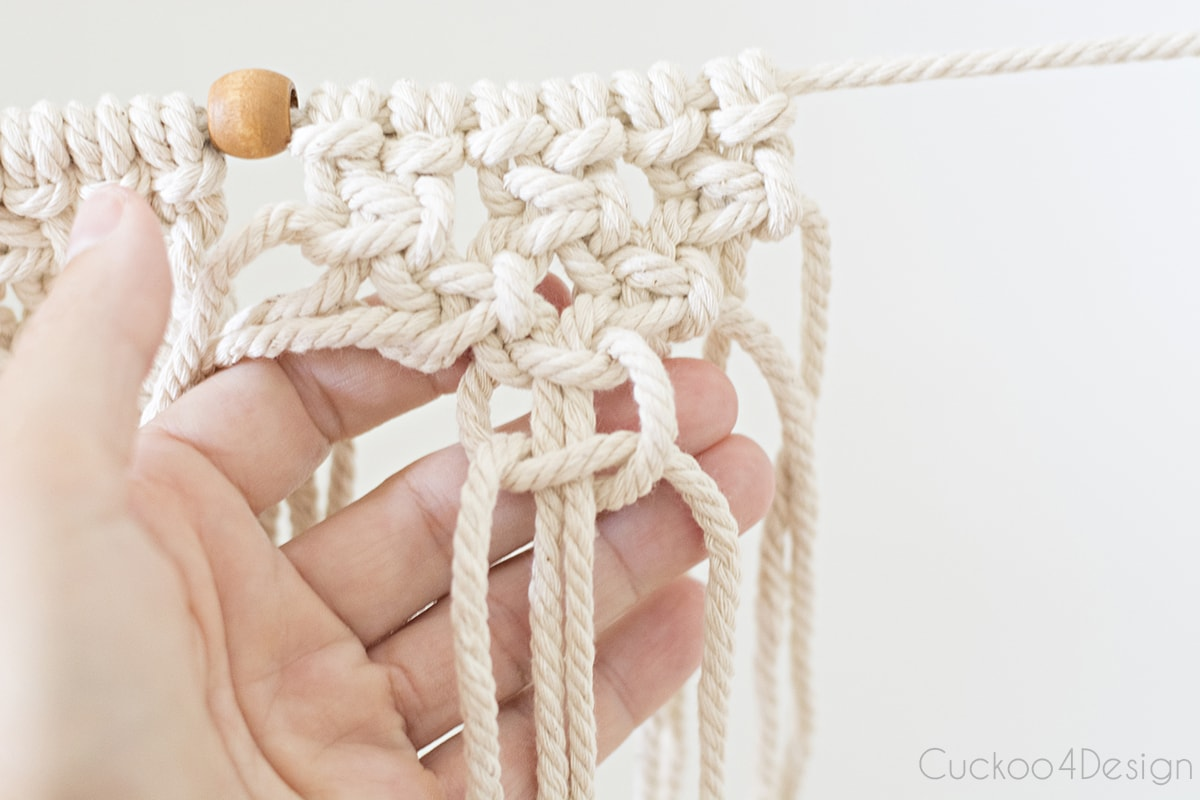 finishing square knots for beginner macrame garland