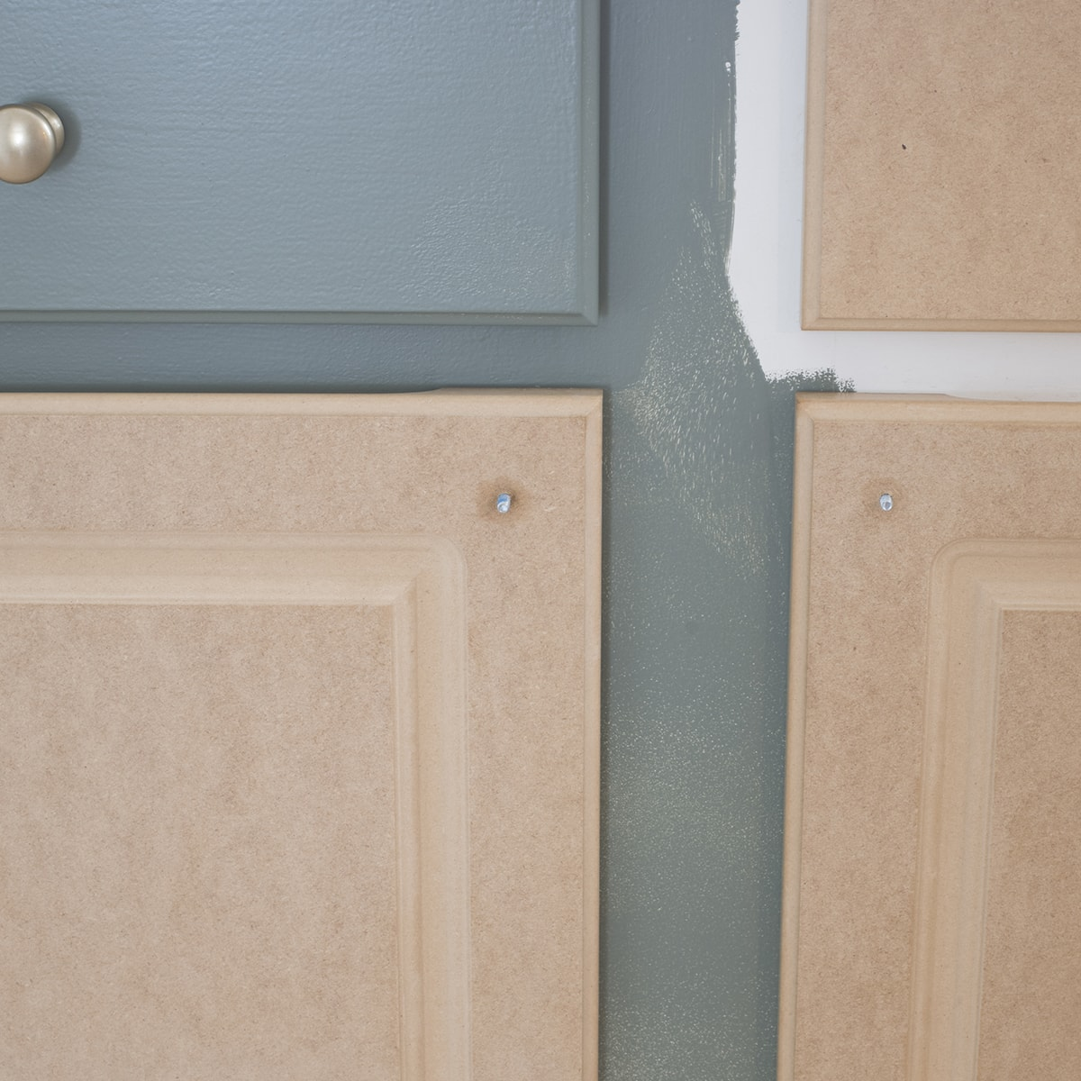 peeling laminate kitchen cabinets and painting them