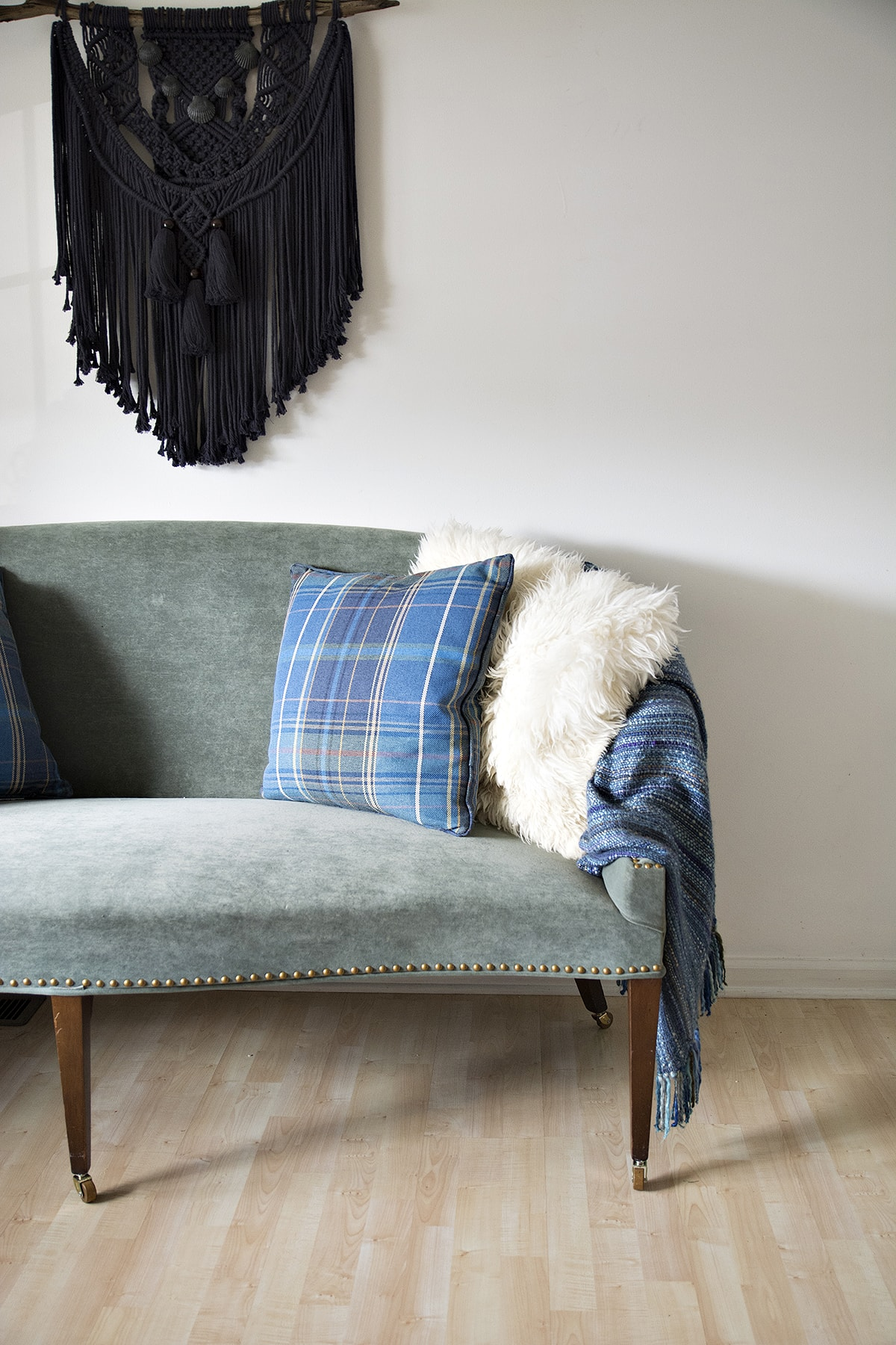 using a sofa as dining settee bench