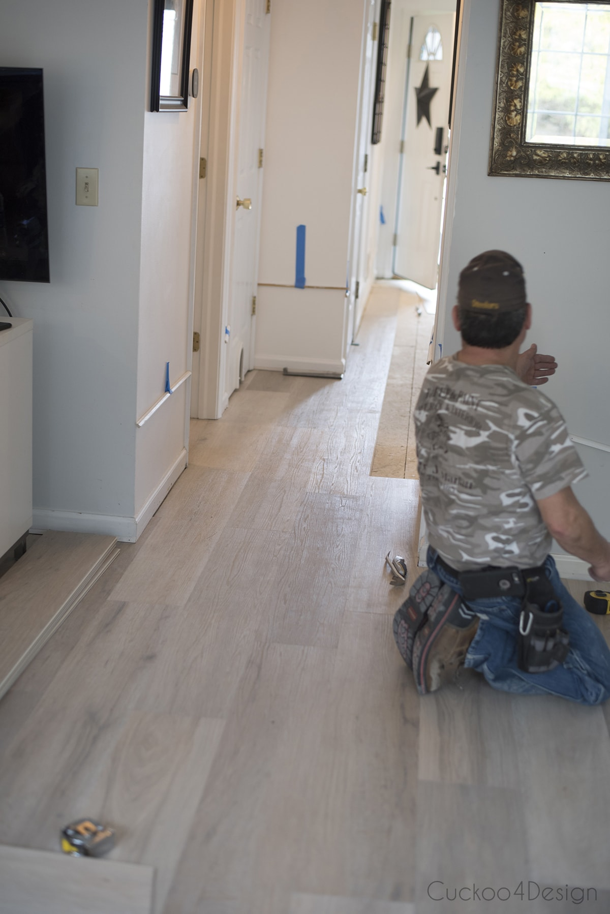 making the vinyl wood plank flooring meet up without transition strips