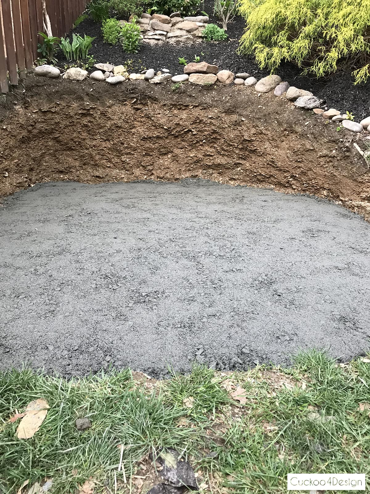 leveled paver base for stock tank swimming pool