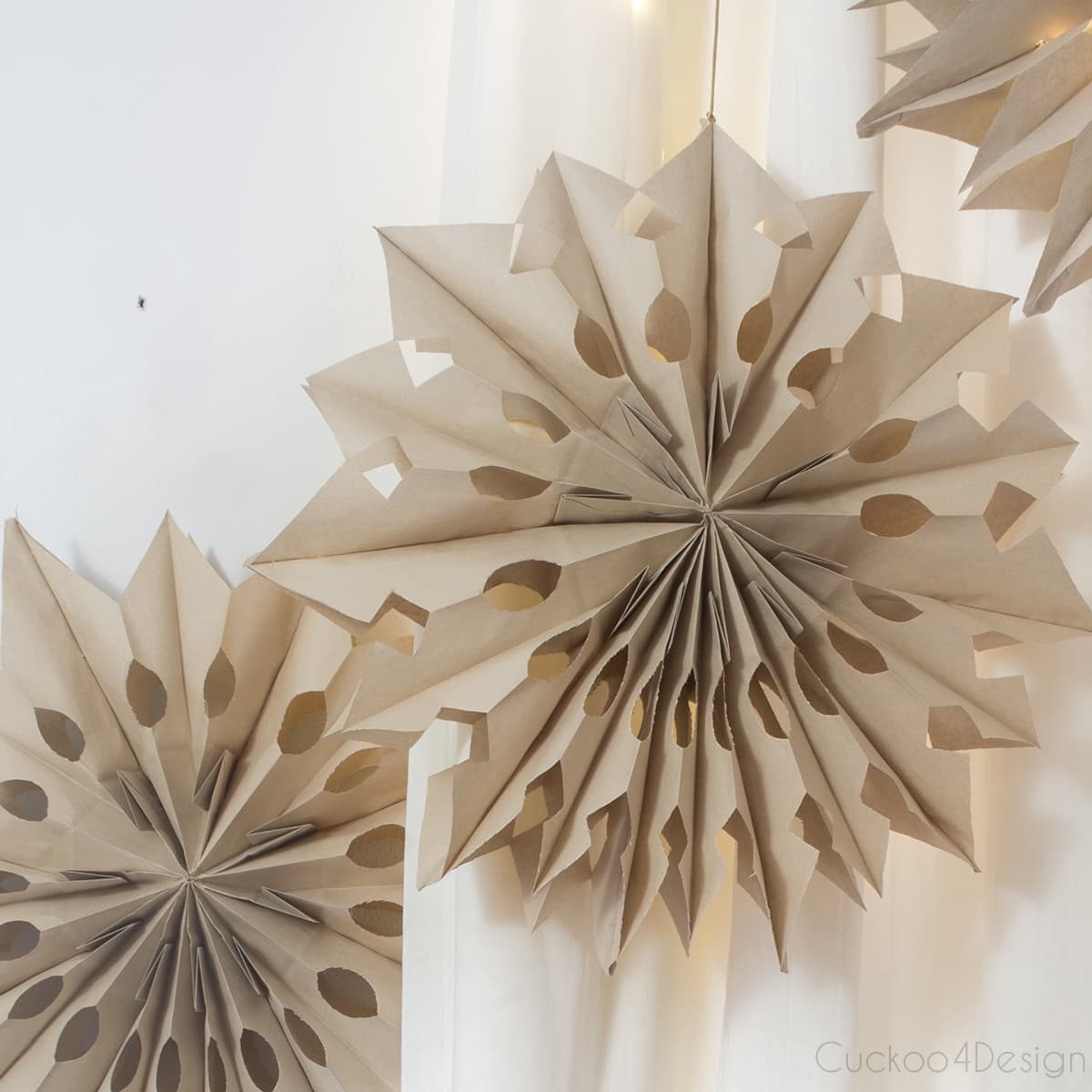 How to make 3D paper snowflakes using lunch bags